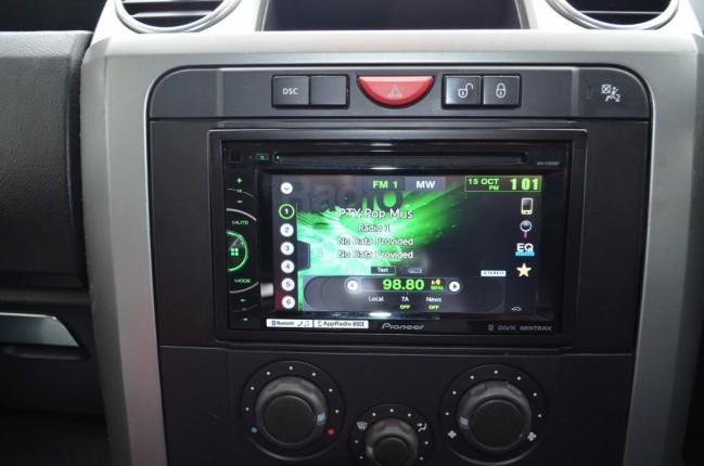 Double Din Radio Install Kit Freelander 2    D3    D4    Rr