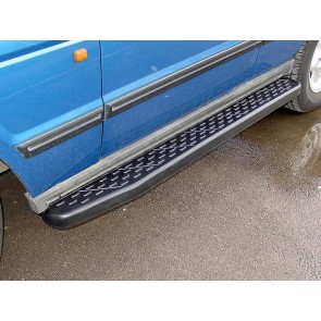 Discovery 1 / Range Rover Classic Side Step Kit With Chevron Thread