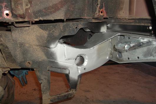 Devon4x4 Galvanised Rear Crossmember