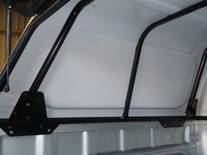 Internal bracing.jpg & Devon4x4 :: Rear Canopy and Roof Rack